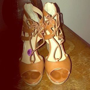 EUC Guess platform wedges